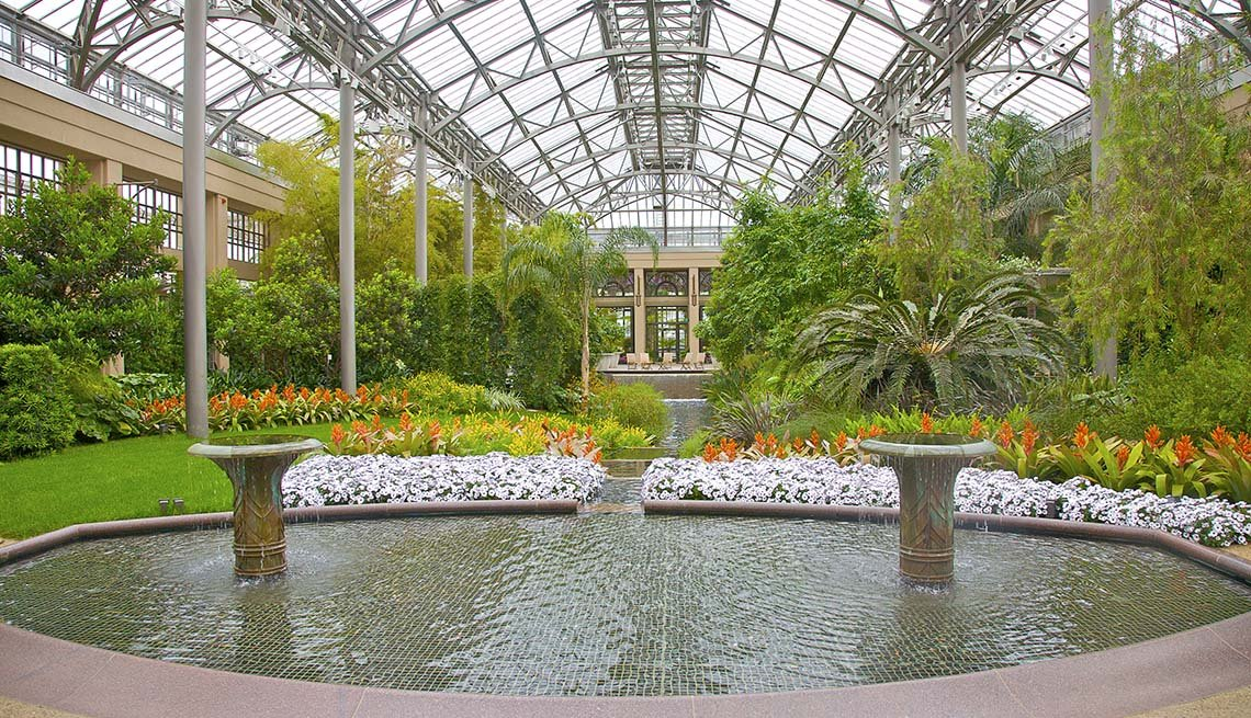 Interior Of The Conservatory At Longwood Gardens In Kennett Square In Peensylvania, Amazing USA Gardens