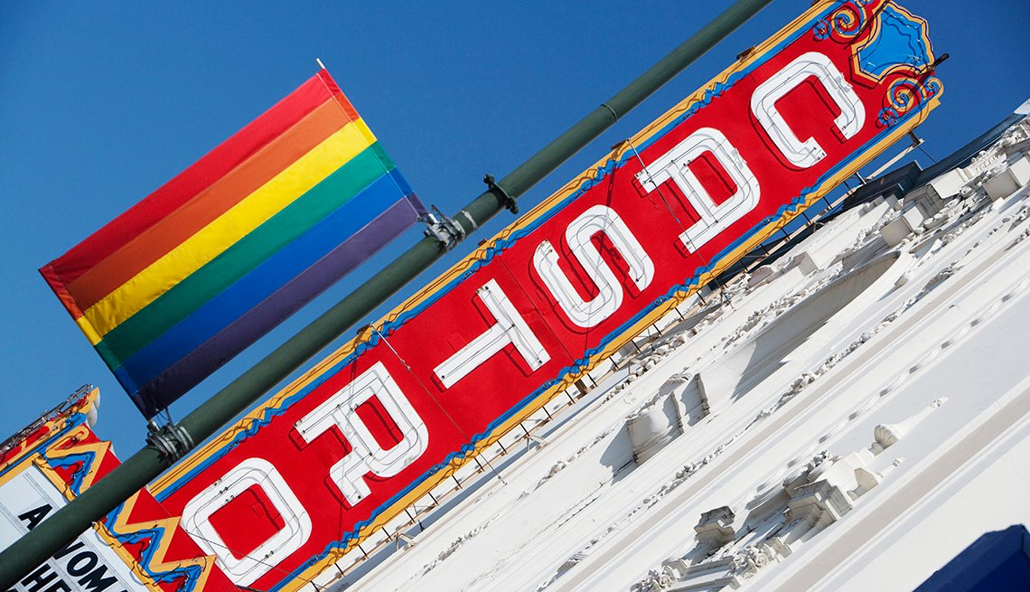 Castro Sign, Rainbow Flag, San Francisco, Top 5 U.S. Gay and Lesbian Travel Destinations