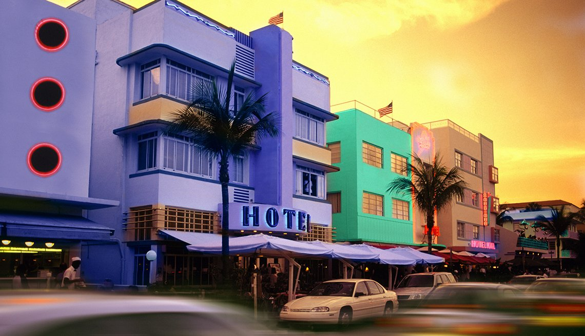Purple Hotel, South Beach, Miami Sunset, Popular Tourist Attractions in America