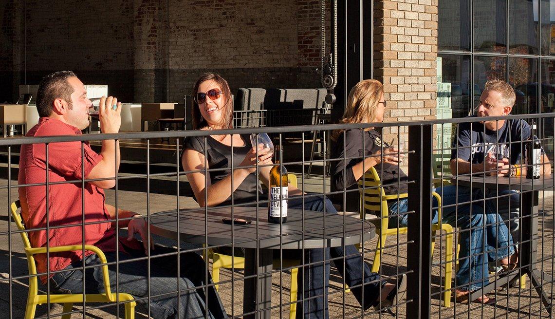 People at Outdoor Tables, Wine Tasting, Walla Walla, Visit America's Friendliest Cities