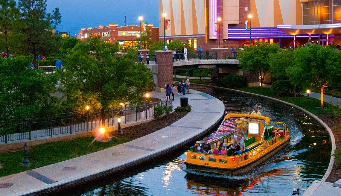 Bricktown Canal Links runs to Oklahoma River in Oklahoma City, Oklahoma, Adventures for 2017