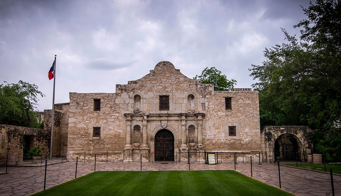 Alamo, Mission, San Antonio, Texas, U.S. Cities for History Buffs
