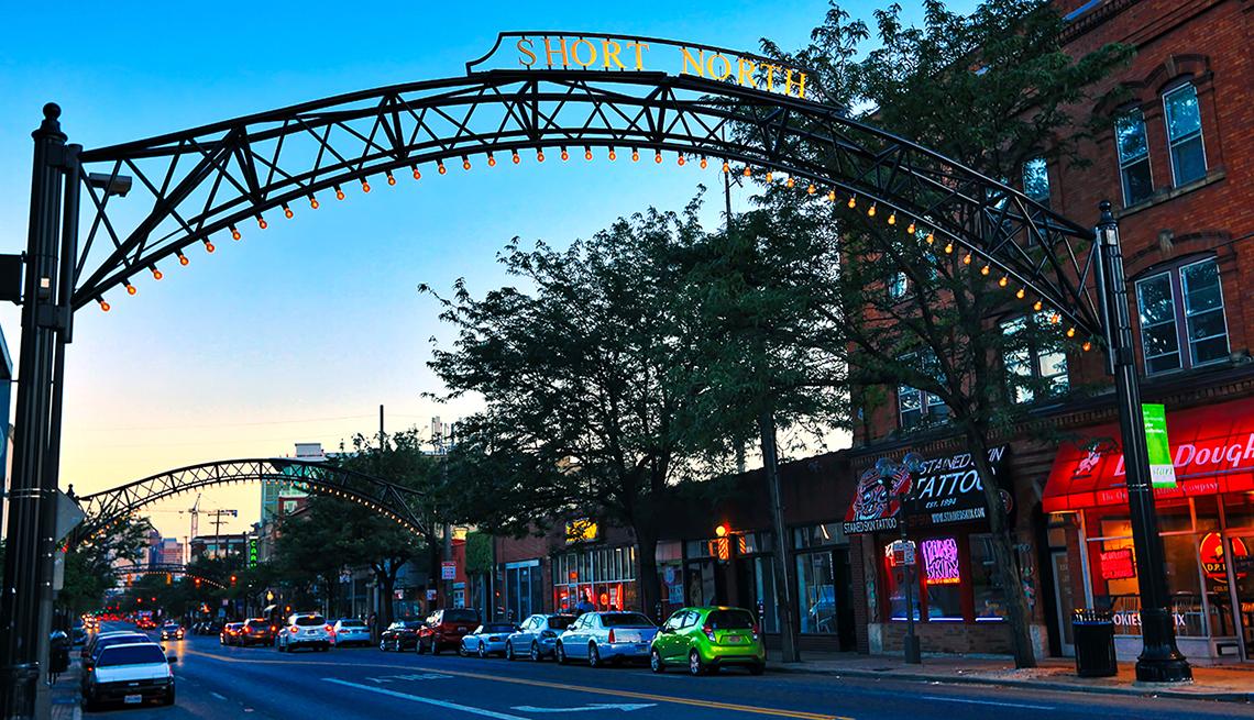 Short North District Arches, Columbus Ohio, Heartland Getaways