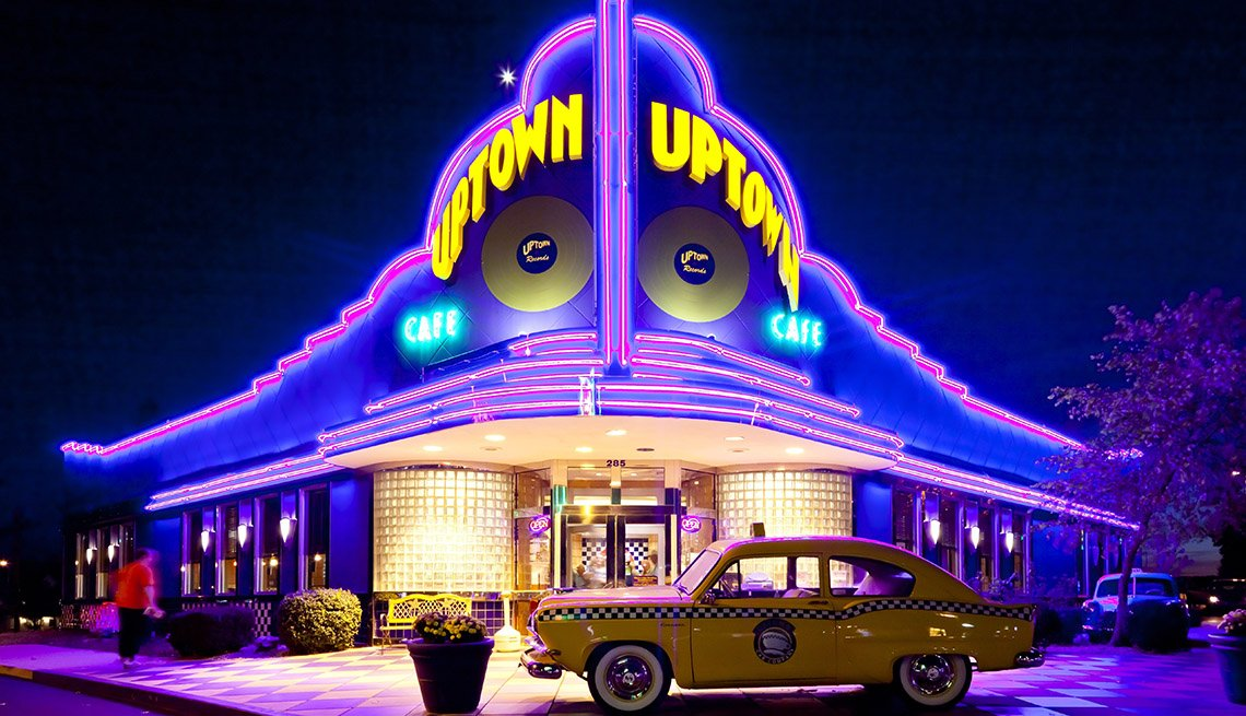 The Uptown Cafe Diner In Branson Missouri, America's Best Low-Cost Cities
