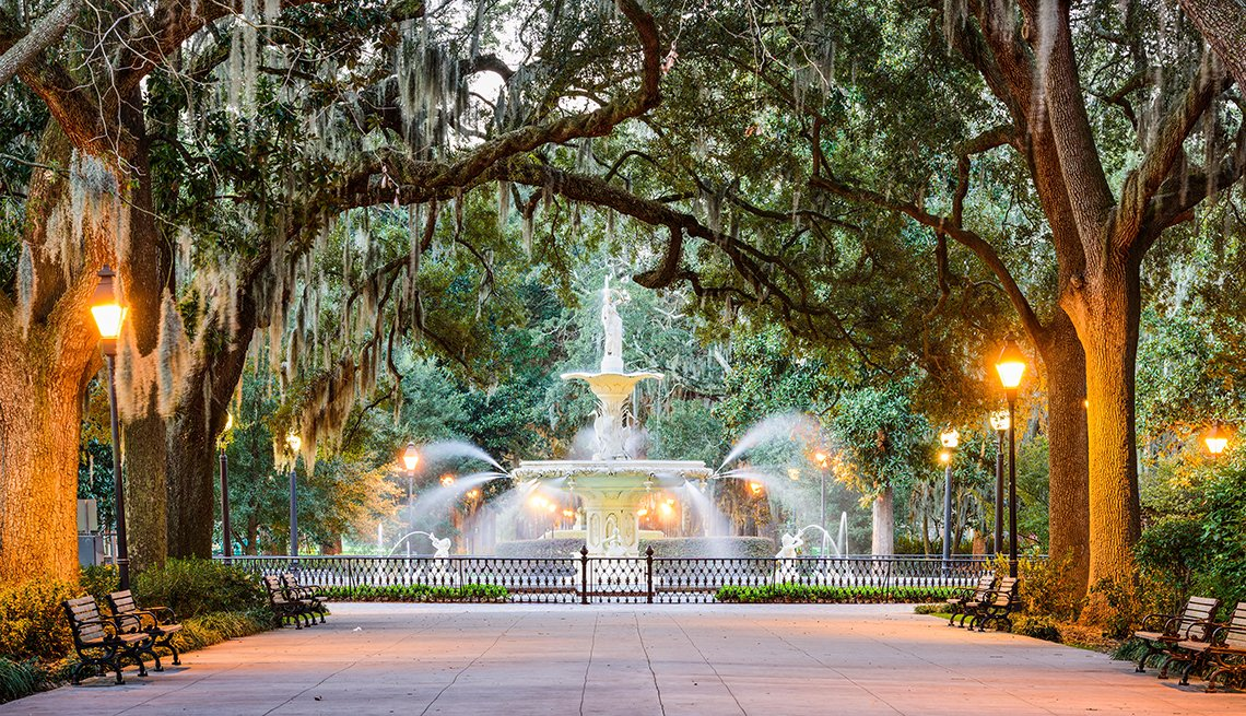 Forsyth Park Fountain, Savannah, Georgia, Top U.S. Vacation Destinations