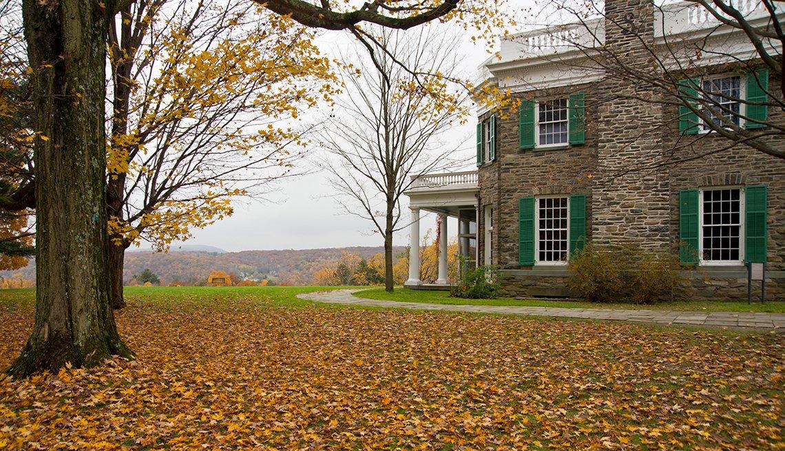 Springwood, Hudson Valley, New York, Samantha Brown's Top Picks for Fall Foliage