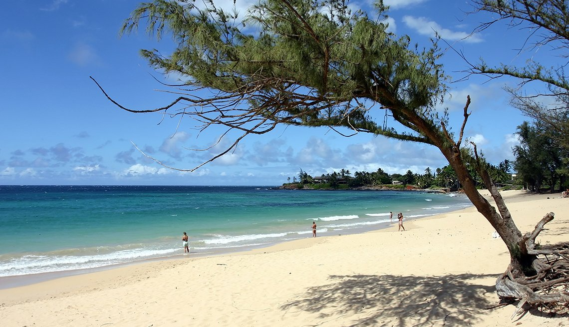 The Beach And Ocean In Paia Hawaii, Best Small Towns In America