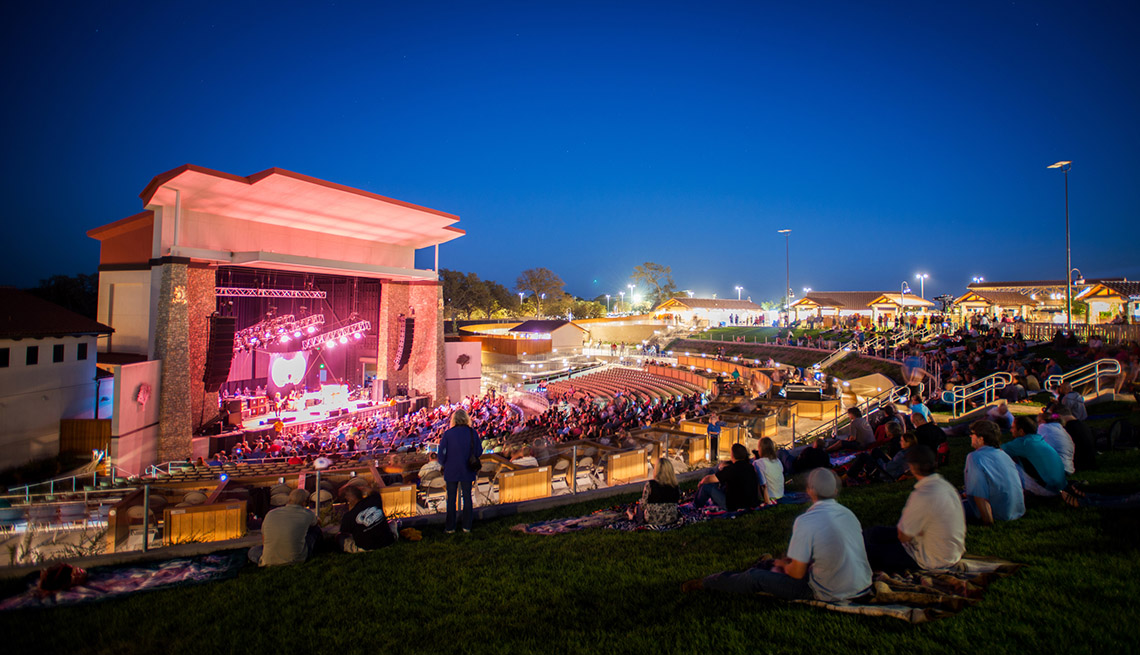 Concert Goers Sit On The Hillside At the Vina Robles Amphitheater California, Outdoor Music Venues