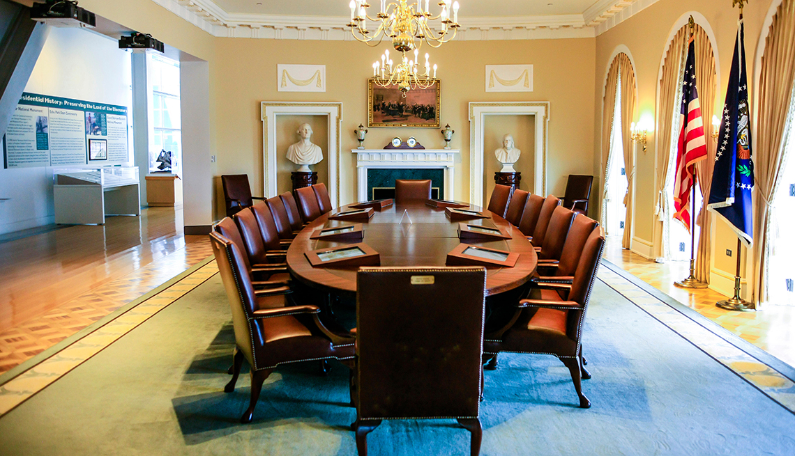 A Full Size Replica Of The White House Cabinet Room At The William J Clinton Library, Presidential Libraries