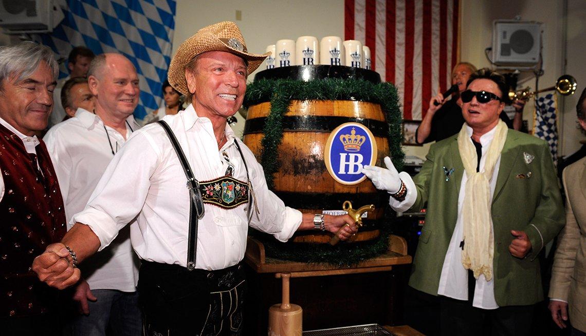 Siegfried And Roy Attend The Last Vegas Oktoberfest, Oktoberfest Destinations USA
