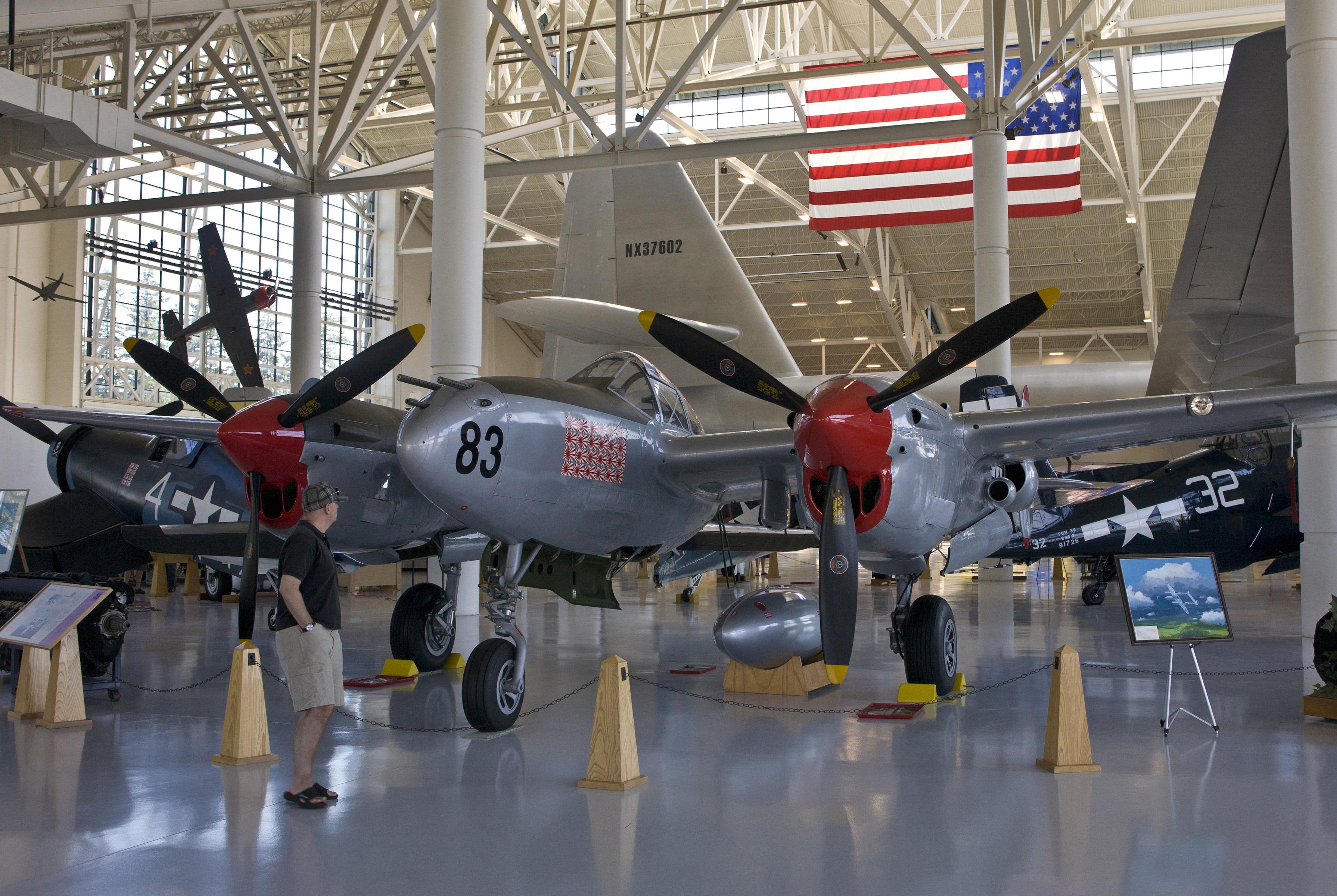 Avión de la Segunda Guerra Mundial en un museo.