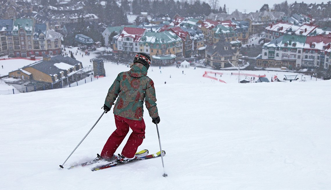 Skier skiing down Mont Tremblant