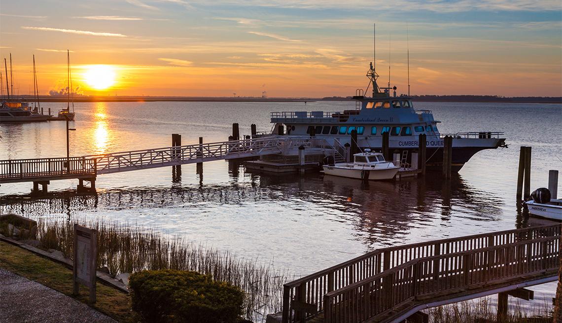 Ferry Cumberland Queen II