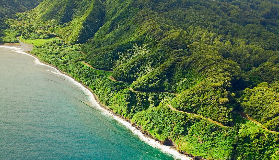Sea, Beach Rainforest, Hana Highway, Free and Inexpensive Attractions in America