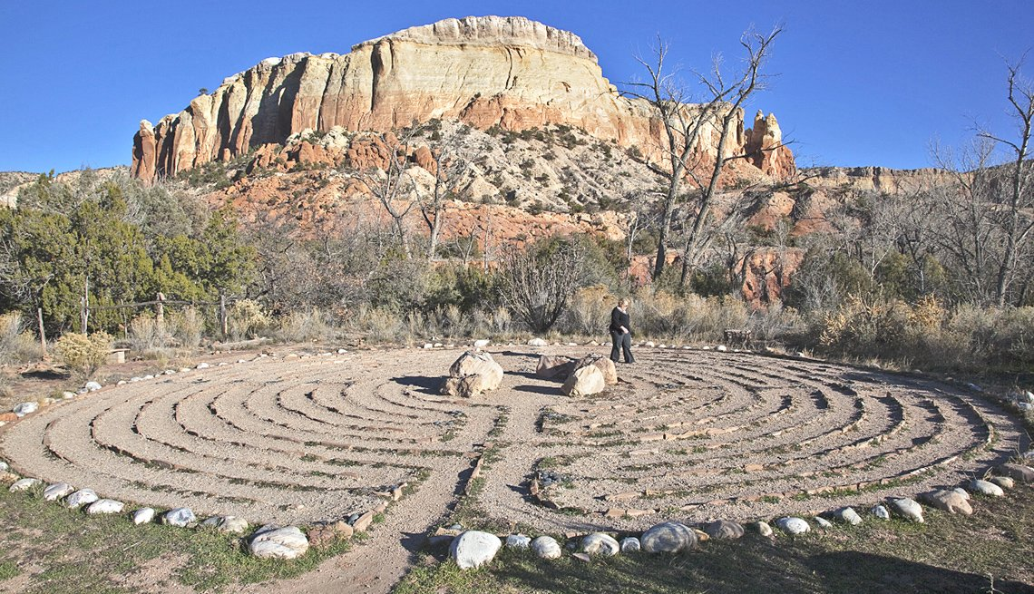 Man Labyrinth, Stone Circle, Mountain, Desert, Unplug and Renew With a Relaxing Vacation