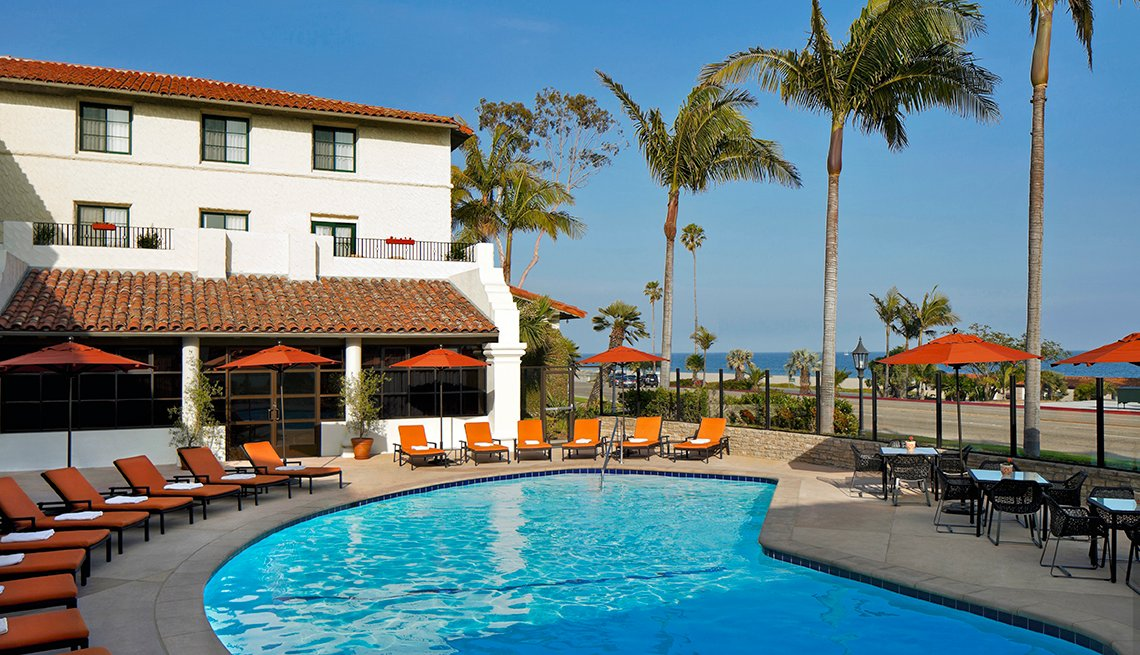 Swimming Pool, Hyatt Santa Barbara, Palm Trees, 5 Historic Beach Resorts That Are Surprisingly Affordable