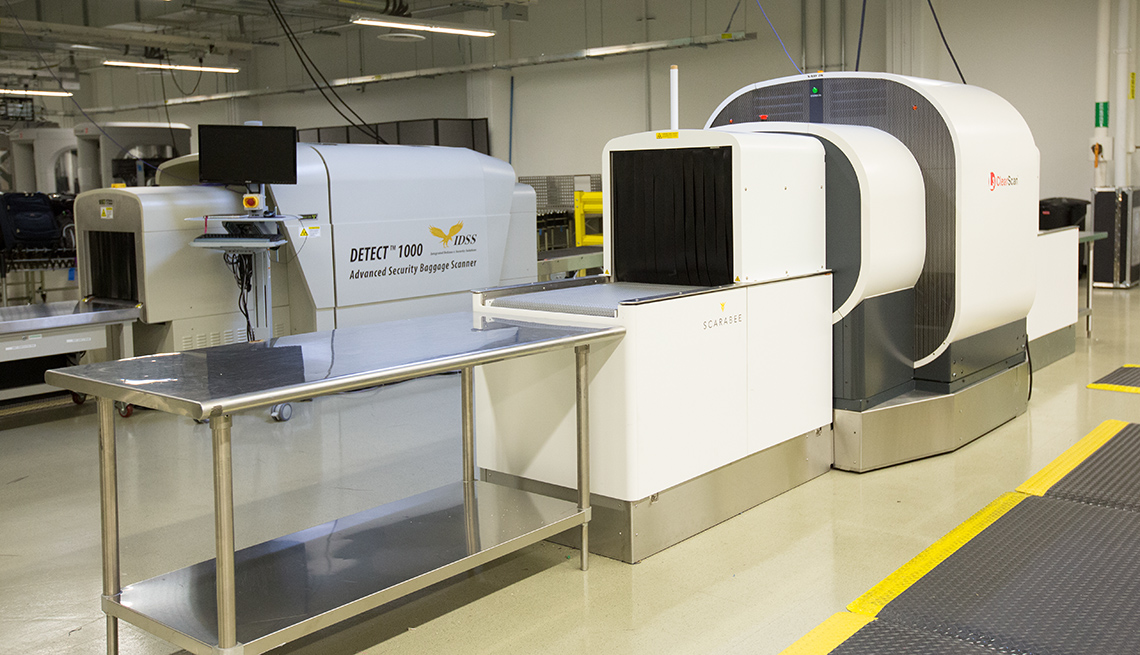 3-D XRay Machine, Airport Security Baggage Scanner, Getting Through Airport Security May Get Easier
