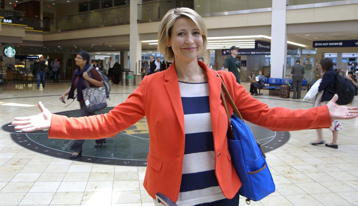 Samantha Brown At Airport, Meet Samantha Brown