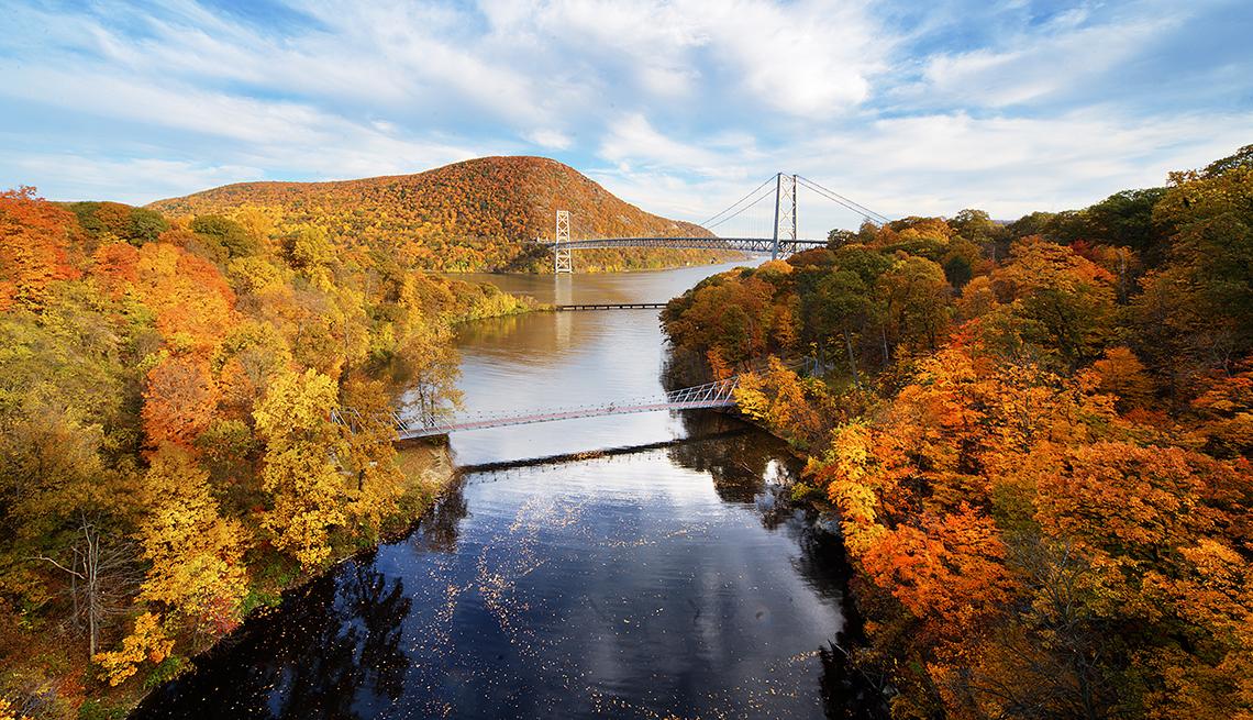 Bear Mountain Bridge, Hudson River, Autumn Leaves, Plan Now for Fall Fun