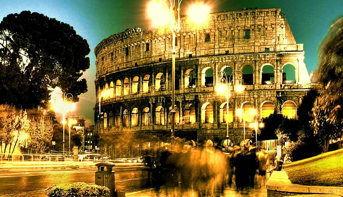 The Colosseum In Rome At Night, Places To Visit In Rome