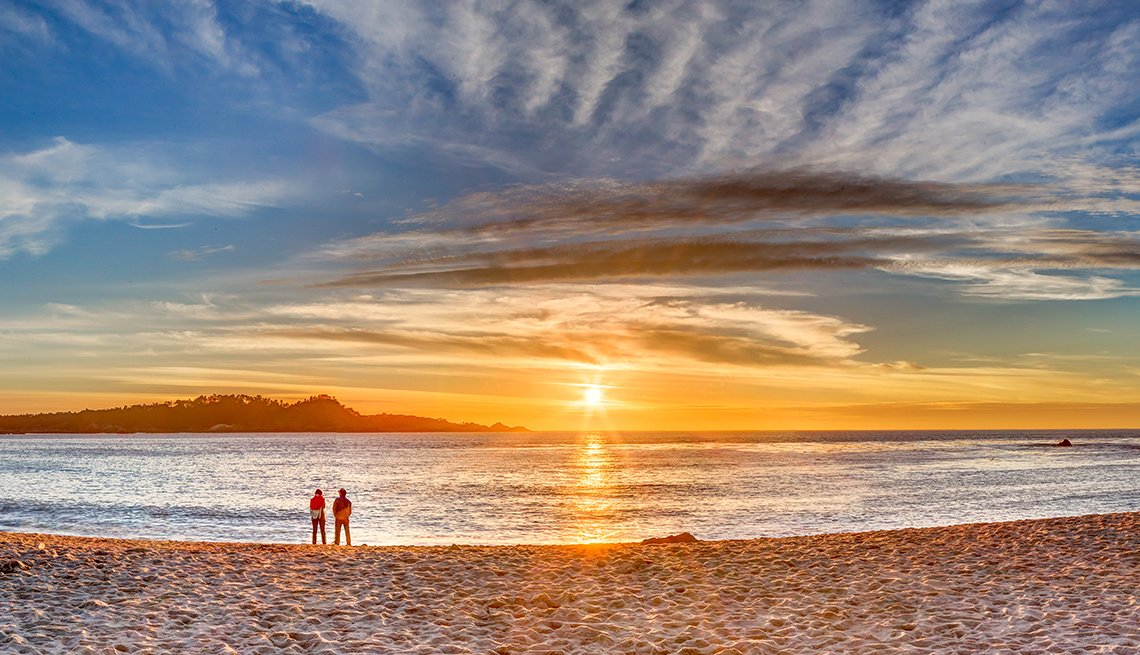 Couple Beach Sunset, Clouds, Romantic Getaways for 2016