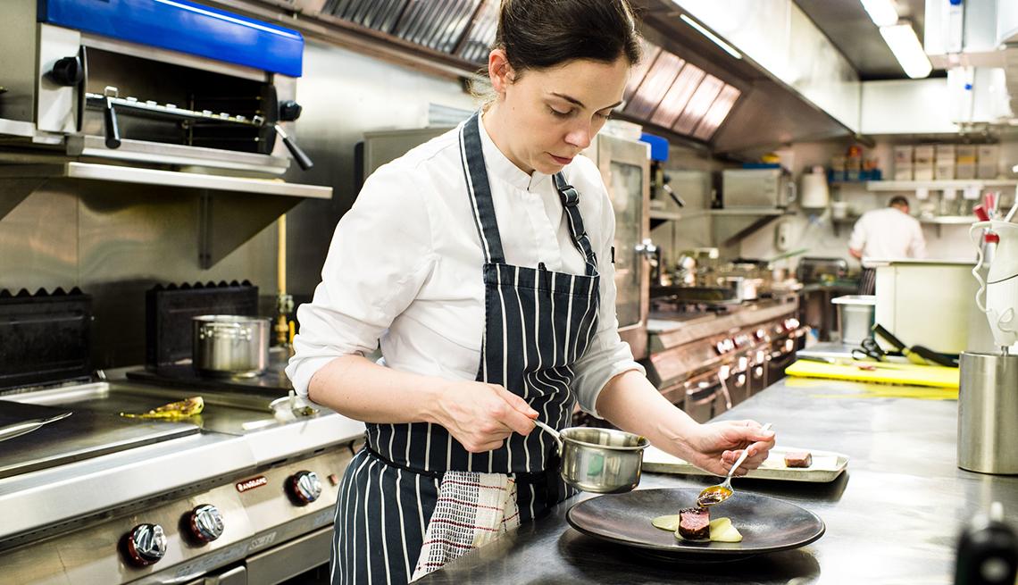 Danni Barry Prepares a Plate, A Taste of Ireland