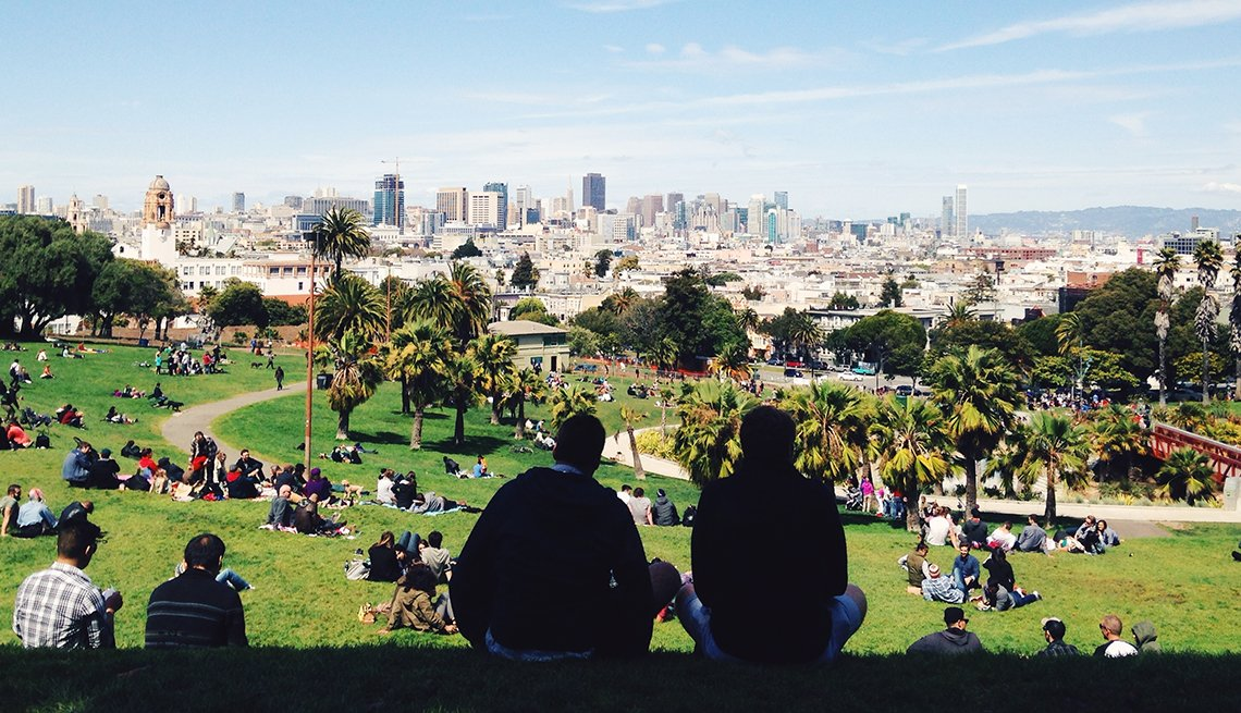 People Silhouette, Park, San Francisco, Picking a Travel Spot? Go for the Green