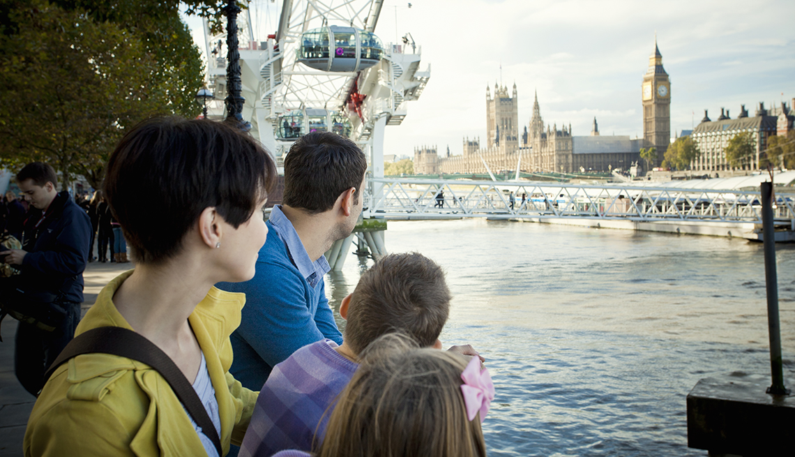 Family River Thames, Palace of Westminster, London, Great Places for a Multigenerational Vacation