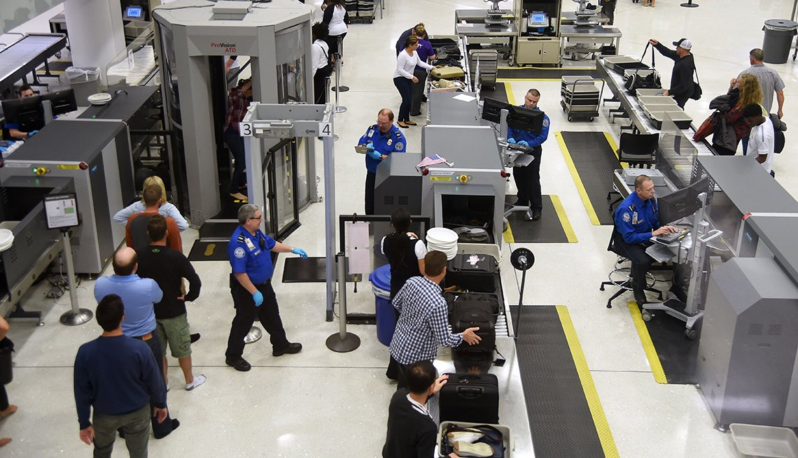 Passengers TSA Prefllight Security, St. Louis International Airport, Passenger Alert: New TSA Security Screenings