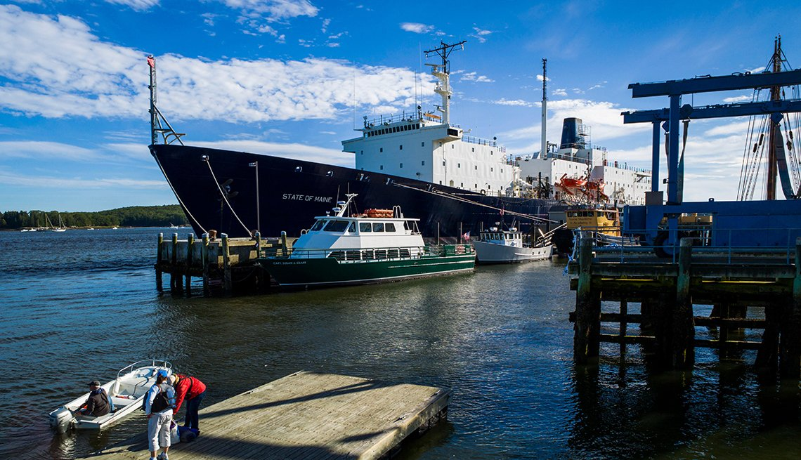 Maine Maritime Academy, Training ship State of Maine