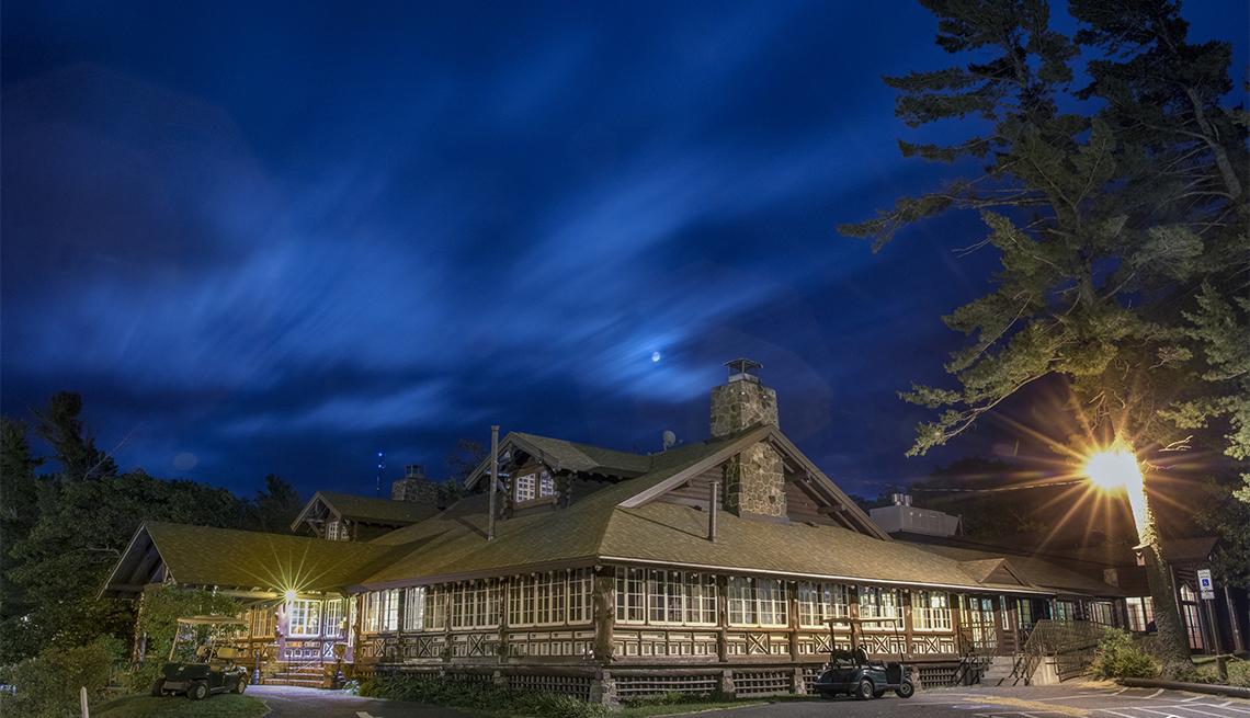 item 2 of Gallery image - Keweenaw Mountain Lodge
