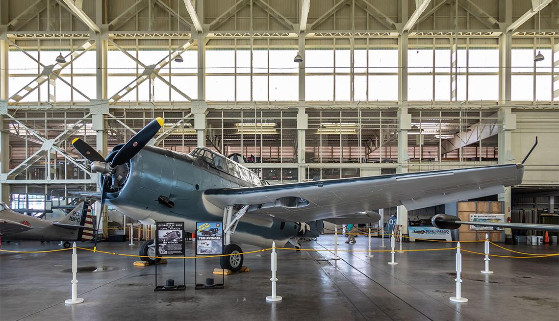 Avión en el Museo de Aviación de Pearl Harbor