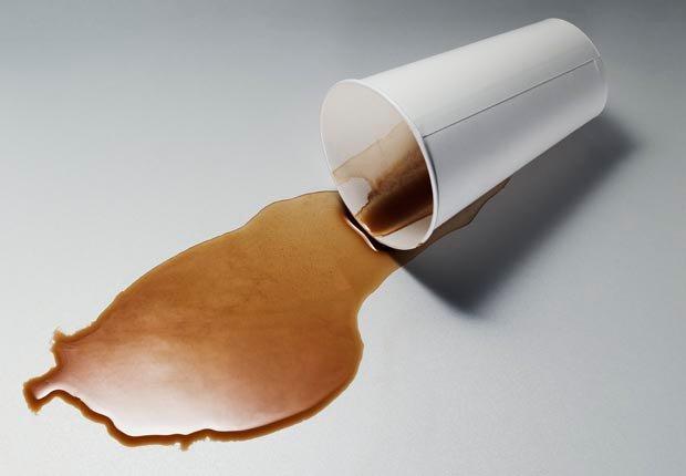 Café - 10 Alimentos que se deben evitar antes de abordar un avión