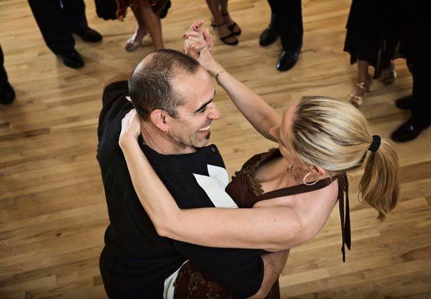 Bailes de salón en pareja - Aventuras de una vez en la vida