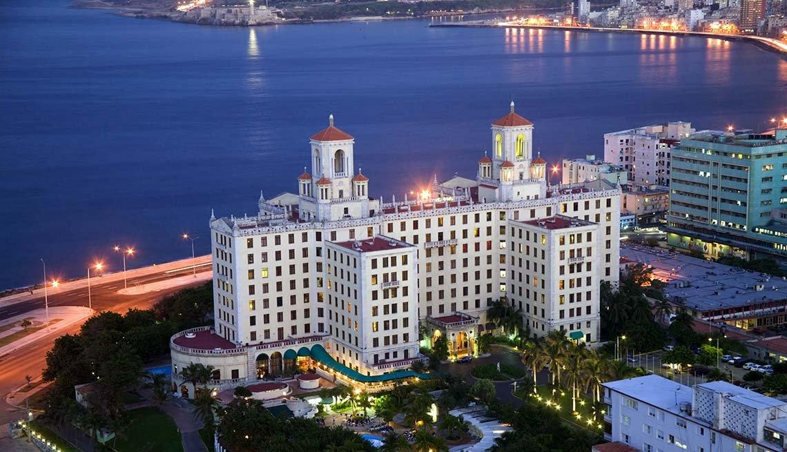 Nuevas condiciones para viajar a Cuba