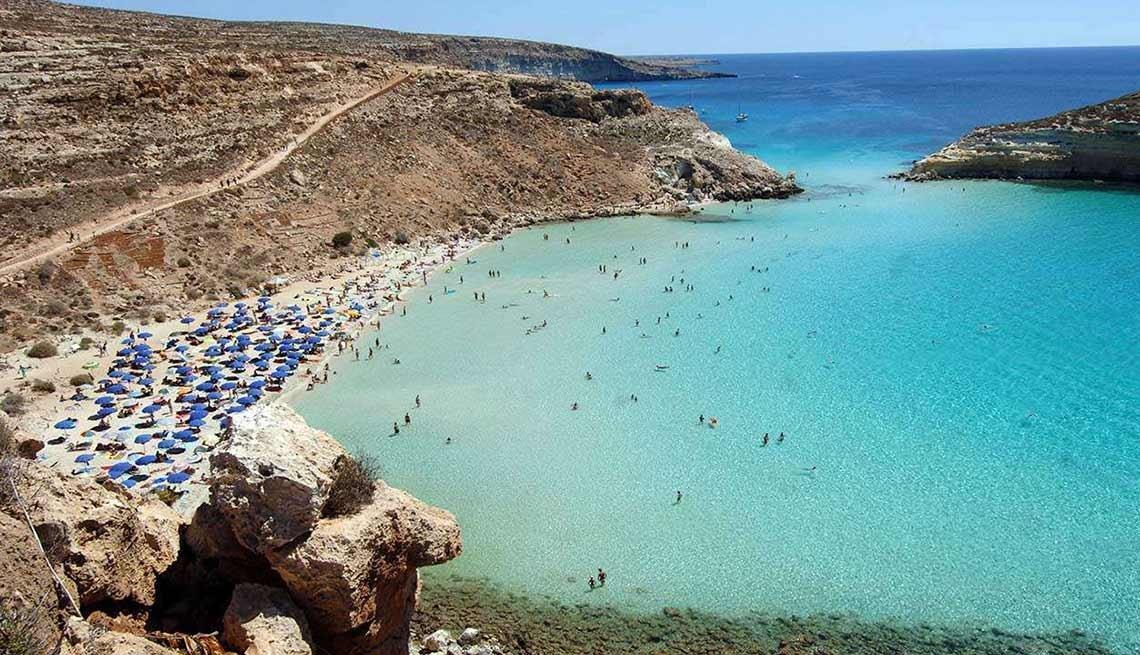 Playas atractivas en el mundo - Playa Conejo, Italia
