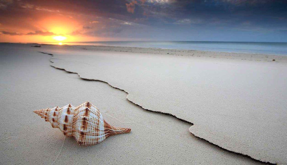 Playas atractivas en el mundo - Rainbow beach, Australia