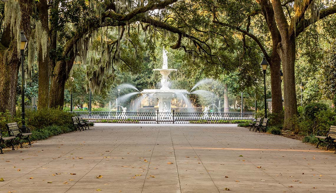 fountain in Forsyth Park, Savannah, Georgia