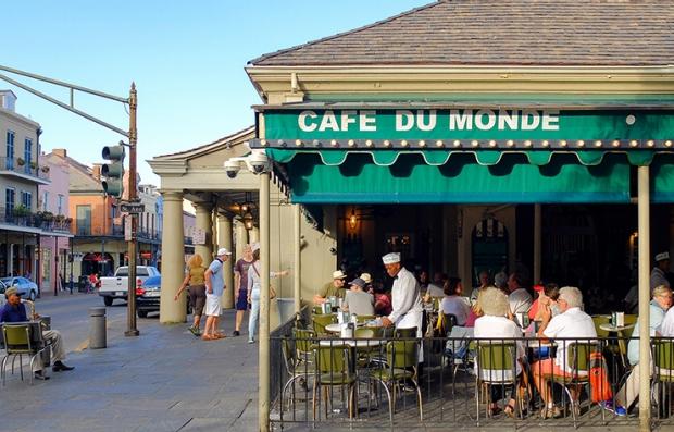 Ciudades con tradición culinaria en Estados Unidos - Cafe du Monde, Nueva Orleans