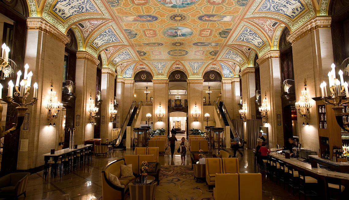 The Lobby Of Palmer House In Chicago Illinois, Impressive Hotel Lobbies