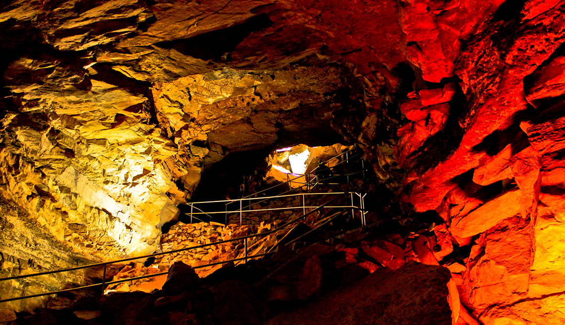 Mammoth Cave National Park In Kentucky, Best National Parks