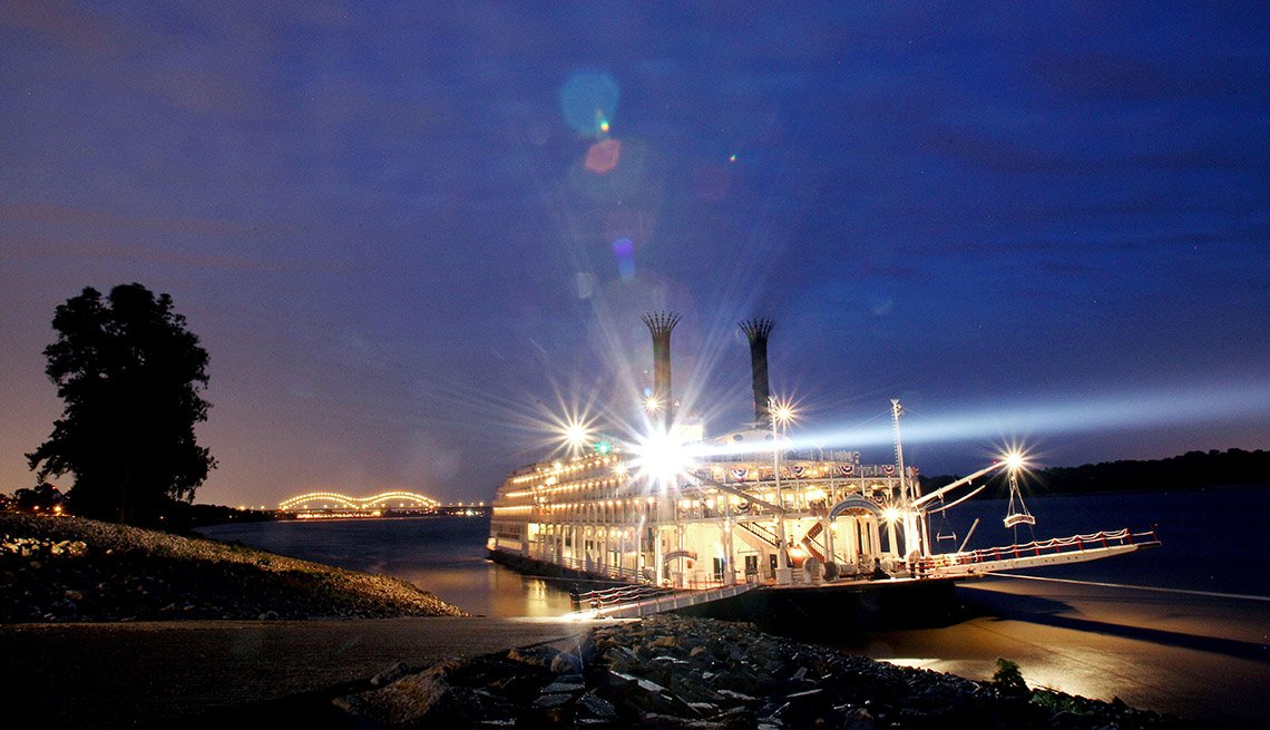 Night View Of A Paddlewheel Cruise In Memphis Tennessee, Second Honeymoon Destinations