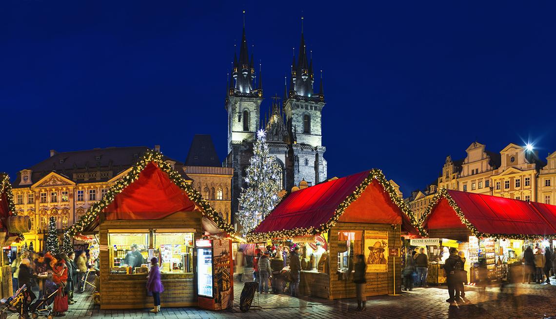 European Christmas Markets At Night, Theme Cruises