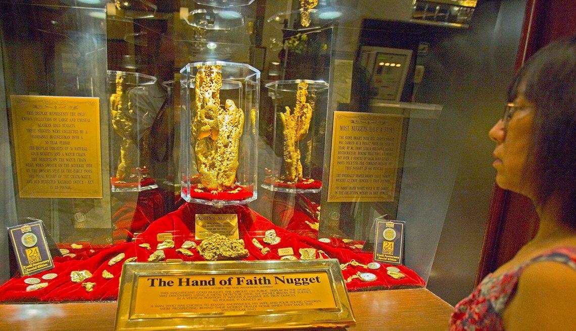 Hand of Faith Golden Nugget in Las Vegas, Nevada, Hidden Wonders at American Attractions