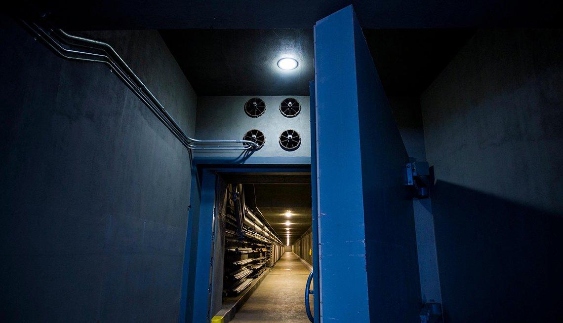 Bomb Shelter for Legislators at Greenbrier Resort in West Virginia, Hidden Wonders at American Attractions