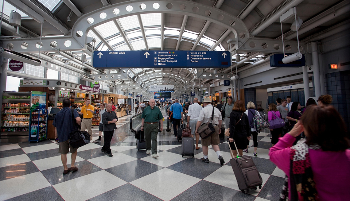 busy O'Hare Airport