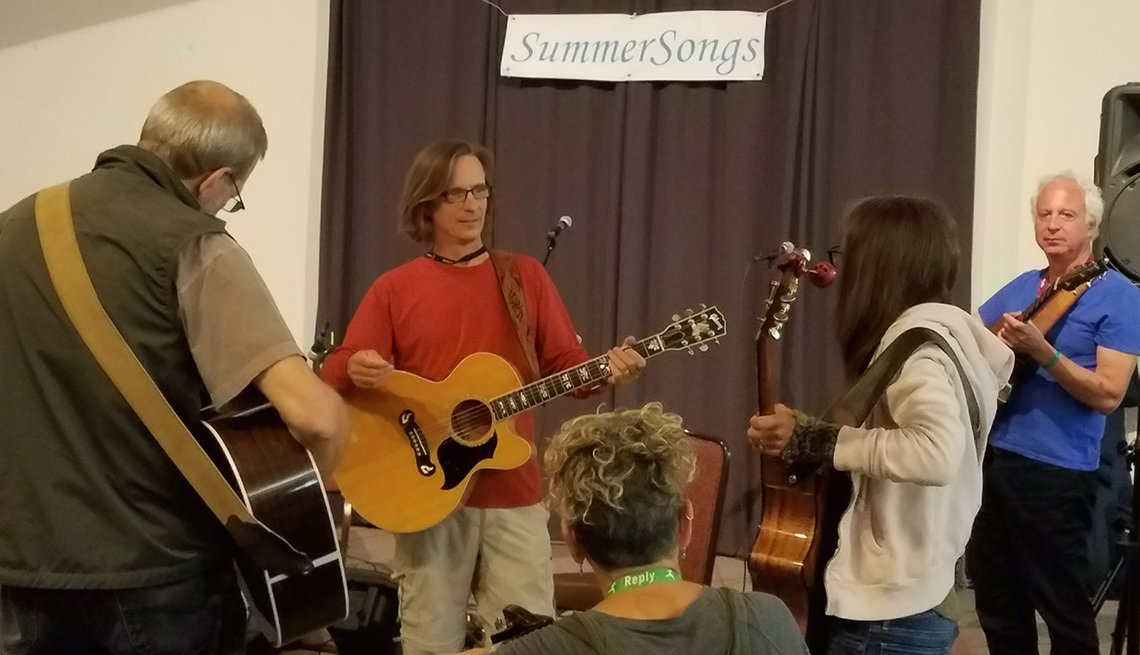 campers performing at SummerSongs Camp
