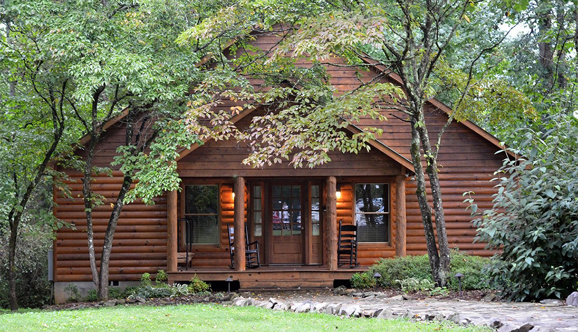 Dancing Bear Lodge