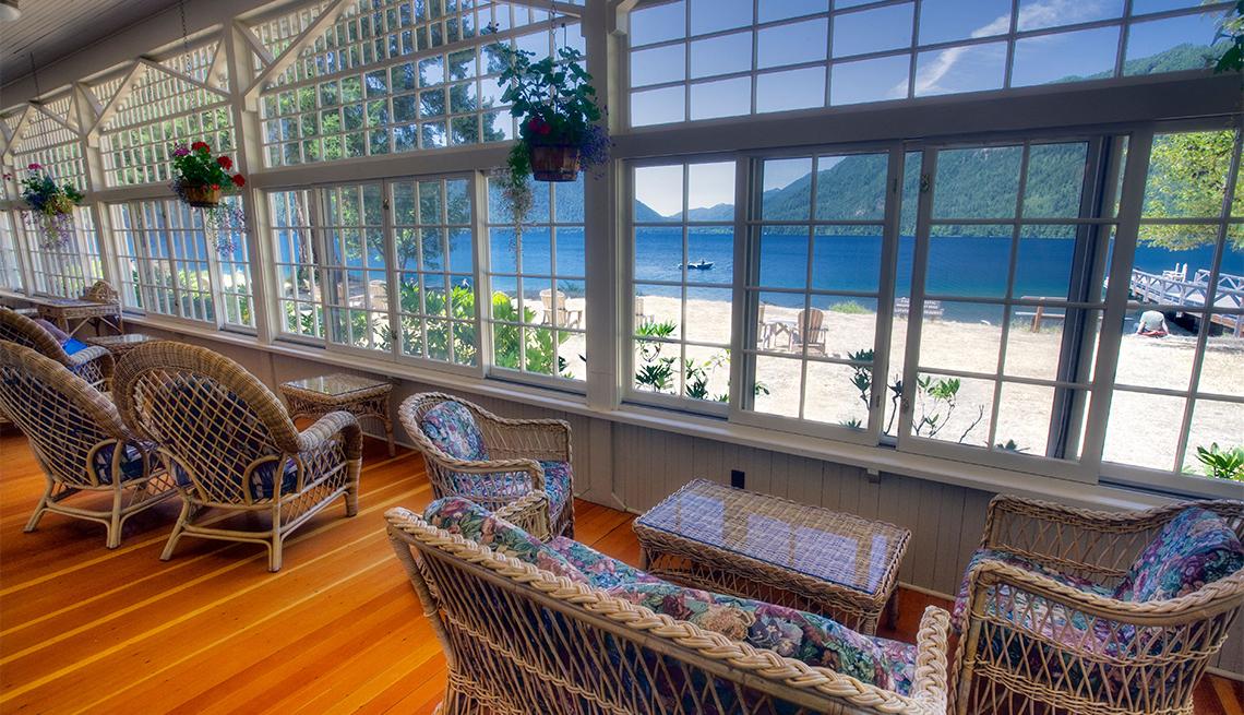 Sitting room at Lake Crescent Lodge