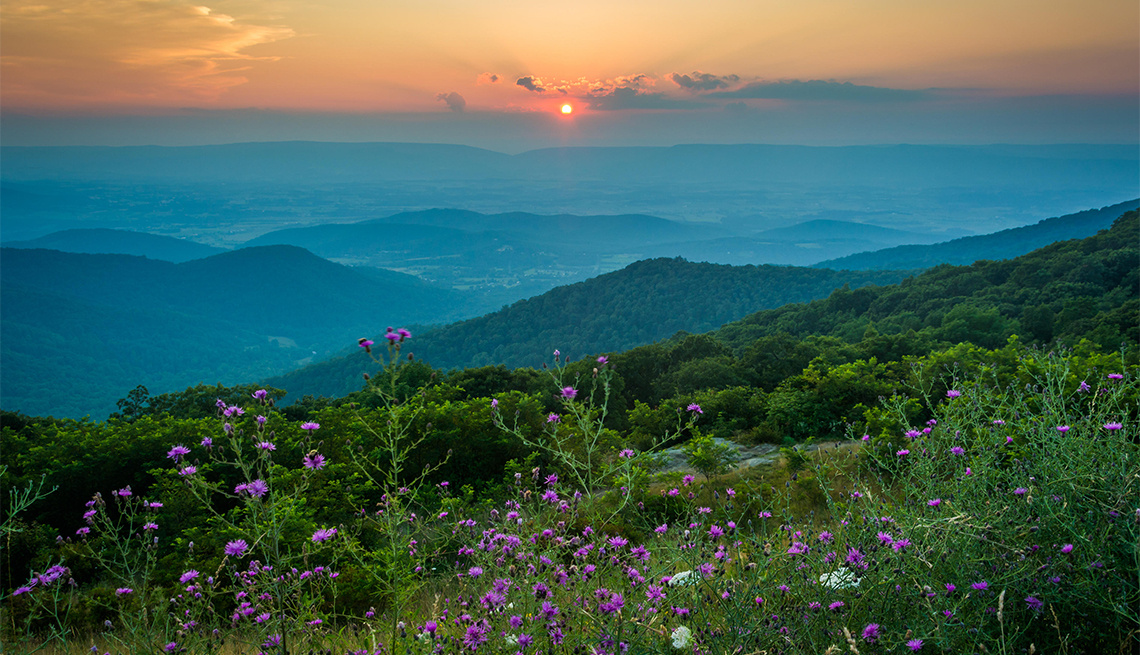 Sunset over the Blue Ridge Mountains, seen from Skyline Drive in Shenandoah National Park, Virginia